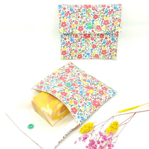 pochette imperméable petit format zéro déchet collection fleurettes